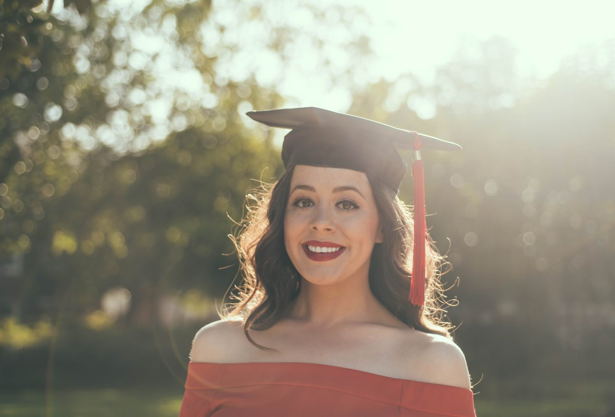 3 TIPS FOR RECENT GRADUATES